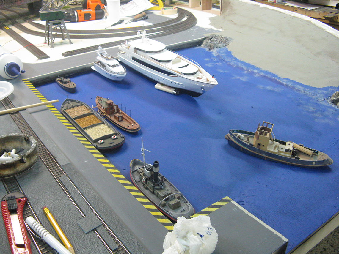 waterfront-diorama